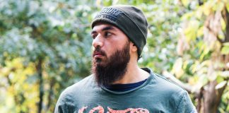 Personalized-&-Quick-Tips-to-Grow-Your-Beard-Nicely-on-lightroom