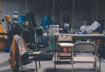 Are-There-Any-Alternatives-To-Holding-A-Garage-Sale-on-lightroom-news