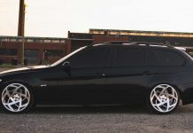 Some-Great-Reasons-to-Hire-a-Limo-Rather-Than-a-Taxi-on-lightroom-news