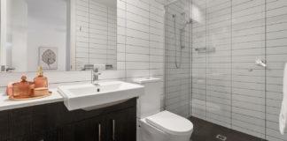 Must-Avoid-Bathroom-Remodeling-Mistakes-on-lightroom-news